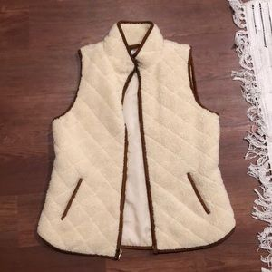 Old Navy Sherpa Quilted Vest